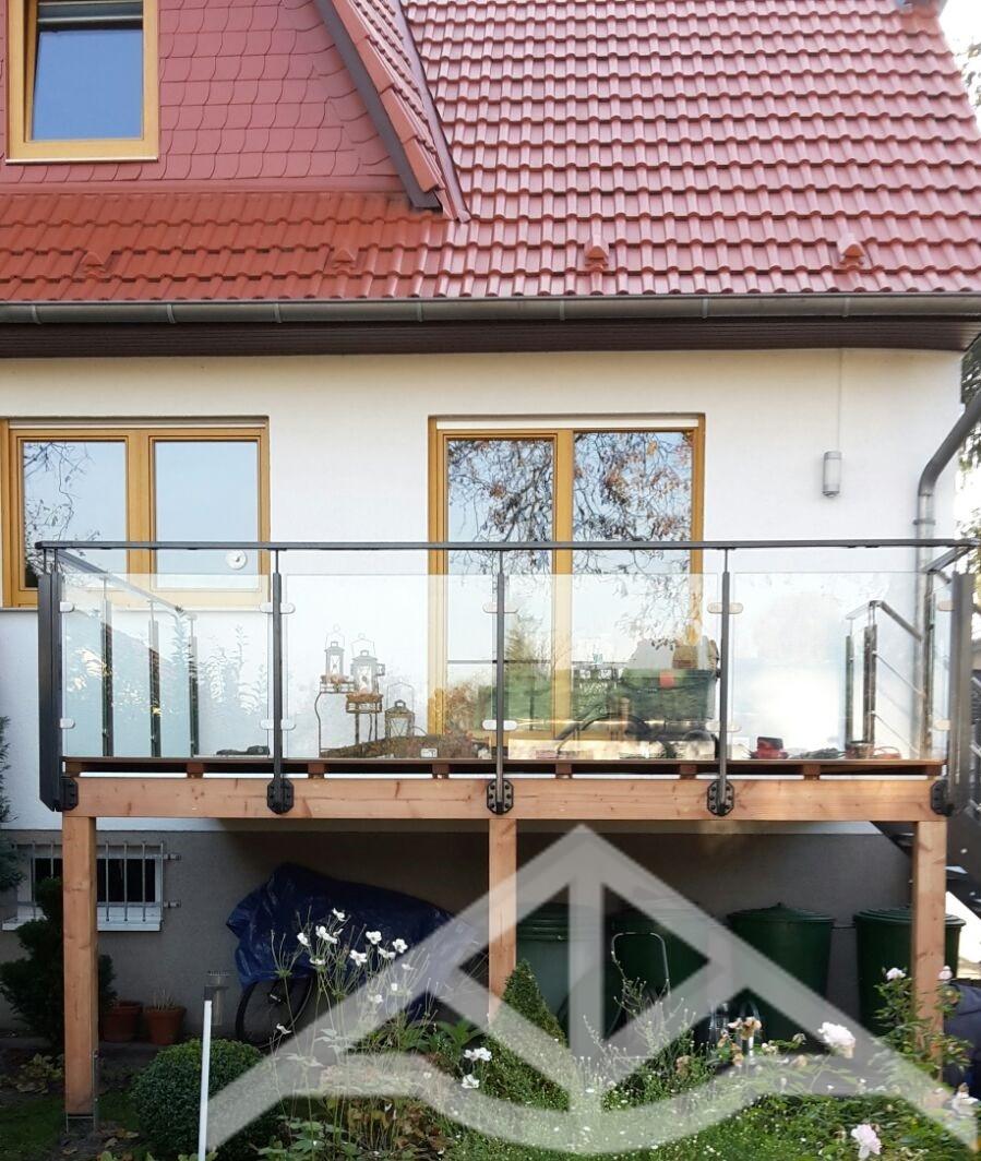 erh hte terrasse holz zimmerei carsten wesolowski berlin. Black Bedroom Furniture Sets. Home Design Ideas
